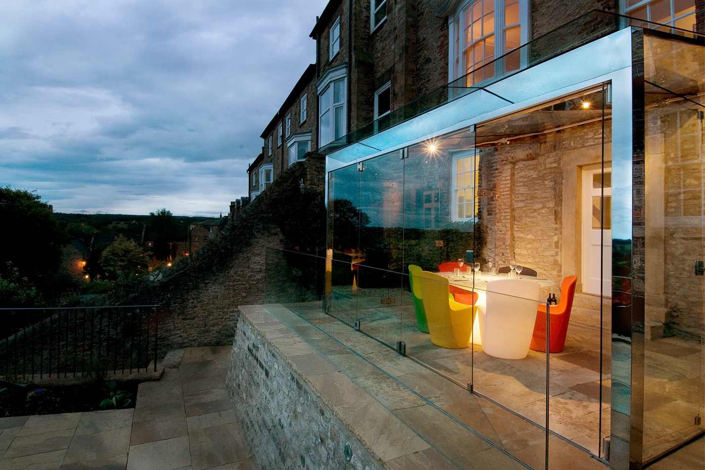 Extending a listed building the glass extension cherie - Glass extensions to houses ...